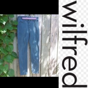 4/$15 size 25 Wilfred forest green jeggings jeans